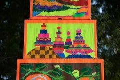 Muster des dekorativen Weihrauchs in der Parade Traditions-Verdienstaktion des Weihrauchs der buddhistischen führen vor Lizenzfreies Stockfoto