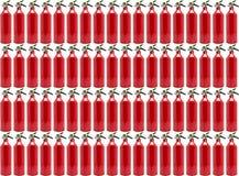 Muster gemacht vom kleinen, manuellen Feuerlöscher, lokalisiert auf einem weißen Hintergrund mit einem Beschneidungspfad stockbilder