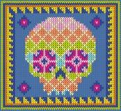 Muster mit dem Schädel und den ethnischen mexikanischen Elementen Tag der Toten, ein traditioneller Feiertag in Mexiko Für Postka Lizenzfreie Stockfotografie