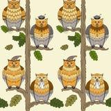 Muster mit Eulen, Eichen, Blättern und Ästen Lizenzfreie Stockfotos