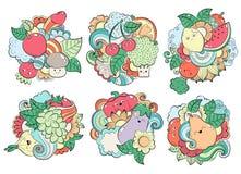 Muster mit Früchten, Gemüse und Beeren Schablone für das Verpacken, Postkarten, Webdesign Druck auf Geweben hell Lizenzfreie Stockfotos