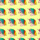 Muster mit mehrfarbigen Einhörnern Lizenzfreie Stockfotos