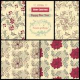 Muster mit Poinsettia- und Stechpalmenbeere Lizenzfreies Stockfoto