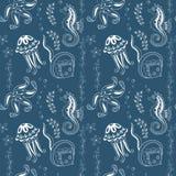 Muster mit Seahorses, Quallen, Starfishes und Stechrochen Stockfoto