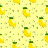 Muster mit Zitrone und Blättern Lizenzfreie Stockfotografie