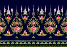 Muster von Blumen und von Blättern Stockfoto