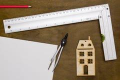 Musterhaus und Ziehwerkzeuge Lizenzfreie Stockbilder