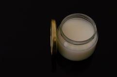 Mustic-Gummistau in einem Glasgefäß Stockfoto