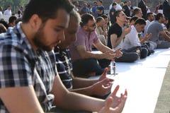 Musulmanes que celebran a Eid al-Fitr Fotos de archivo