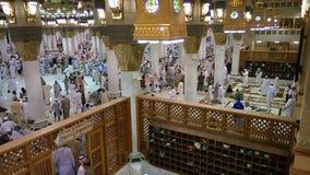 Musulmani alla moschea di Medina Fotografia Stock Libera da Diritti