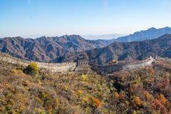 Mutianyu sida av den stora väggen av Kina royaltyfri bild