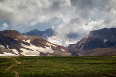 Mutnovskvulkaan, Kamchatka Stock Foto's
