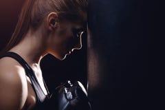 Muttahida Majlis-E-Amal di Boxing dell'atleta della ragazza immagine stock