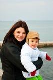 Mutter mit der Tochter Lizenzfreies Stockfoto