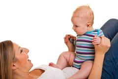 Mutter mit glücklichem und nettem Kind stockfotos