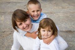 Mutter mit Kindern Stockfotos
