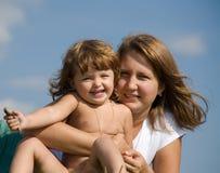 Mutter mit Tochter Lizenzfreie Stockbilder