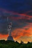 Mutter-Mutterland bei Sonnenuntergang Stockfotografie