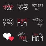 Mutter-Tag die kalligraphischen Embleme beschriftend eingestellt Lokalisiert auf schwarzer Vektorillustration Glücklicher Mutter- Lizenzfreies Stockbild