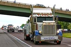 Mutter-Tages-LKW-Konvoi in Lancaster Pennsylvania lizenzfreies stockbild