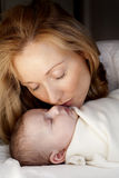 Mutter und Baby Lizenzfreies Stockfoto