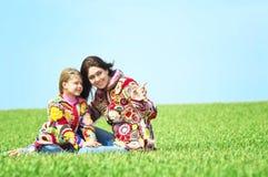 Mutter und ihre Tochter Lizenzfreie Stockfotografie