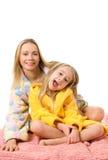 Mutter und ihre Tochter stockbilder