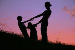Mutter und Kinder lizenzfreies stockfoto