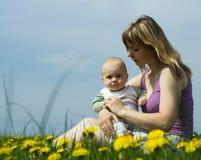 Mutter und Schätzchen Lizenzfreies Stockfoto