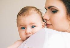 Mutter und Schätzchen Stockfotos
