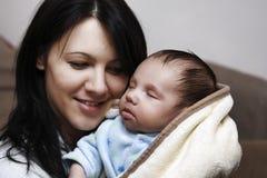Mutter- und Schätzchensohn Lizenzfreie Stockfotografie