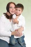 Mutter und Sohn lizenzfreie stockbilder