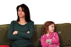 Mutter- und Tochterstreit Stockbilder