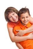 Mutterembarce ihr Sohn Stockbilder