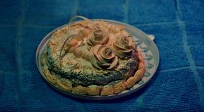 Mutterkuchen auf dem Blau stockbild