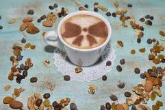 muttrar för fokus för skum för kaffekopp Royaltyfria Foton