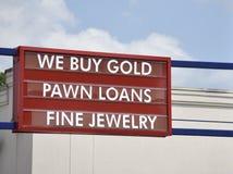 Mutuanti su pegno, commercianti dell'oro e negozi di gioielli fini fotografie stock libere da diritti
