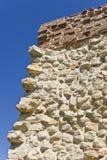 Muur die van stenen wordt gemaakt Stock Foto's