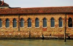 Muur door de zon in Murano in de Lagune van Venetië in Italië wordt verlicht dat Stock Fotografie