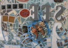 Muur in Magische Tuinen door Isaiah Zagar, Philadelphia Stock Foto