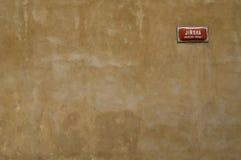 Muur met adresplaat Stock Foto