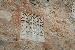 Muur met afdrukken van oude fresko's Stock Afbeeldingen