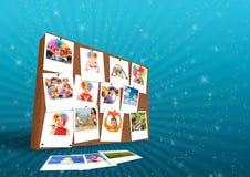 Muur met de grappige collage van familiefoto's royalty-vrije stock afbeeldingen
