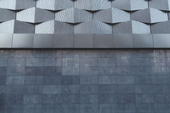 Muur van de zwarte metaal futuristische nieuwe bouw Abstract architecturaal patroon Royalty-vrije Stock Afbeeldingen