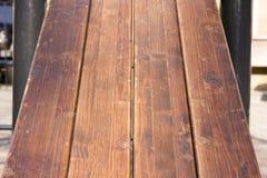 Muur van donkere houten planken Royalty-vrije Stock Foto's