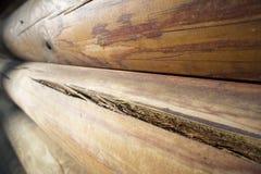 Muur van donkere houten planken Stock Fotografie