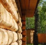 Muur van een huis van logboeken Stock Afbeelding
