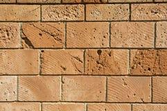 Muur van geregelde blokkensteen Stock Foto