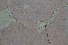 Muur van het Grunge de concrete cement met barst in de industriële bouw, grote textuurachtergrond Stock Afbeelding