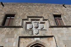Muur van het middeleeuwse kasteel Stock Afbeeldingen